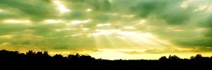 Sun Ray Panorama by SpAzZnaticShuRIken