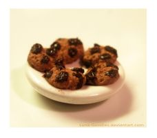 Miniature Plate with Cookies by Luna-Goodies