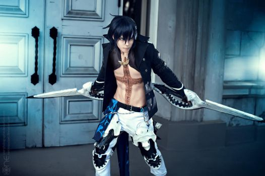 Cent - Drakengard 3 - Narcissistic Disciple by NarcissPuppet