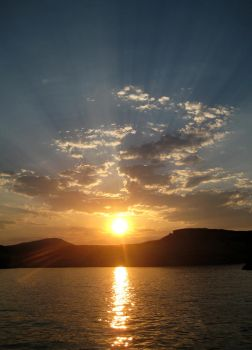 Lake Powell 2008. More Rays by VulpinePilot