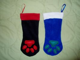 Christmas Stocking Paws Commision by Ishtar-Creations