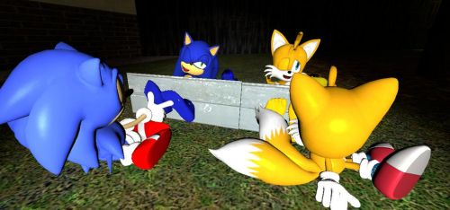 Sonic and Tails tickled by classic self by Gamerblam