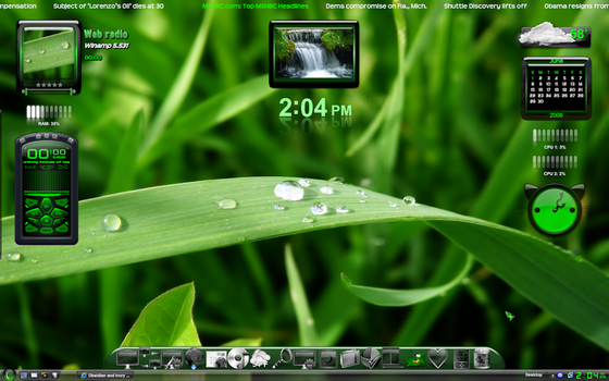 Obsidian Green desktop by MemoryMuse