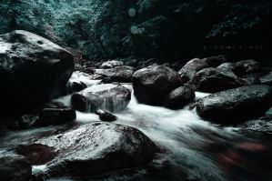 running water by cainoy