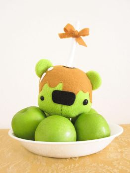 Caramel Apple Bear by casscc