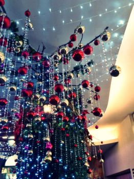 Christmas is coming to town. by eRLia