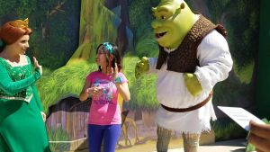 I wave goodbye to Shrek and Fiona in USH by Magic-Kristina-KW