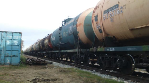 Tank cars closeup by Joonas08Joonas