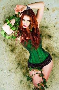 Poison Ivy by TamvakisPhoto