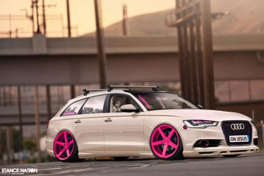 The Audi S6 Stanced by Leo-Vectori-Rocha