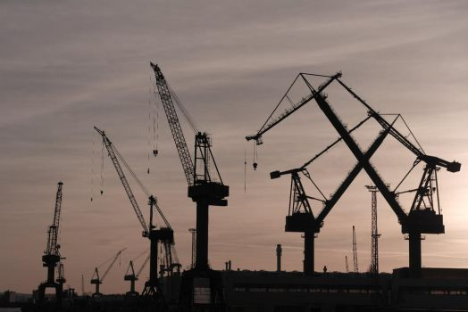 Harbor cranes by utico