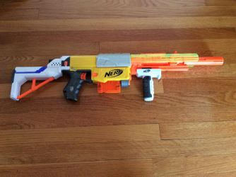 Nerf assault rifle by Darkswag