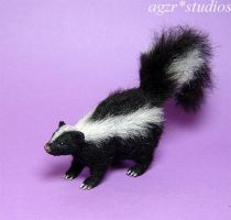 1:12 dollhouse miniature SKUNK by AGZR-STUDIOS