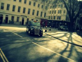 London Time by Ipossia