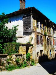 Unye - 'Old House' by Rossdale01