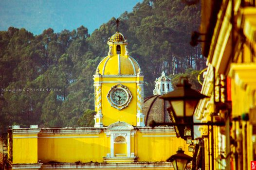 Antigua Guatemala by KimochiNeina
