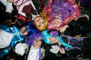 The Vocaloid Circle. by Tragicomedie
