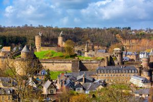 View to old Fougeres by olgaFI