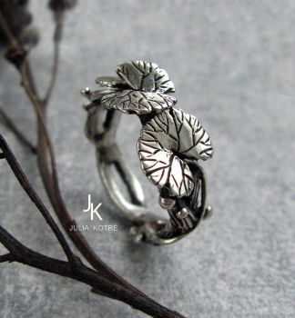 Cast silver lily pad ring by JuliaKotreJewelry