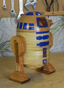 Wooden R2D2 by StevesWoodenToys