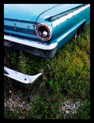 Rusty Car by juja