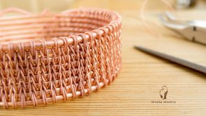 Weave like knitting - free video tutorial by UrsulaJewelry