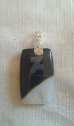 Agate with Quartz pendant by FullMoonArtists