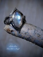 Moonstone rainbow silver ring by Gwillieth