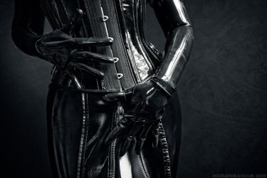 latex inermiss 887 by MichalTokarczuk