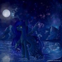 Luna at night. by mrsElisSmitt