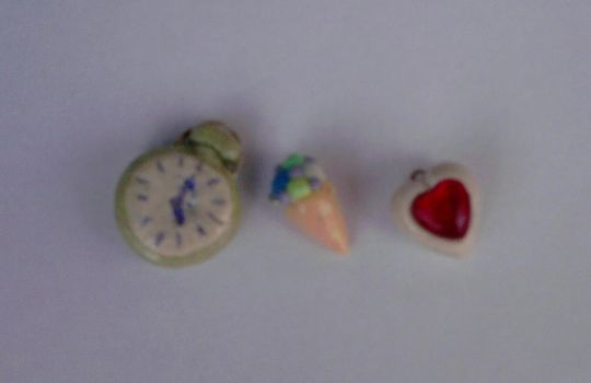 Modeling Clay Pendants by SamurajSonia