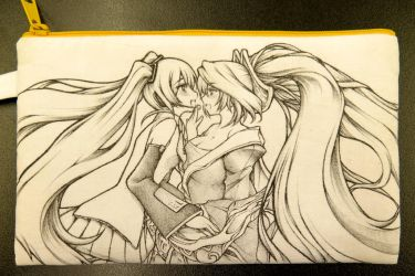 Miku and Sona on Cotton Bag done by Yuriwhale