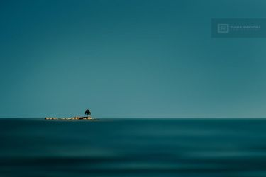 You're blue as an island by olivier-ramonteu