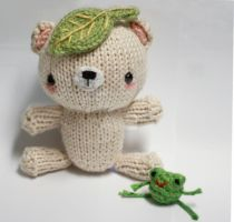 Leafy Bear and Tiny Frog by tinyowlknits