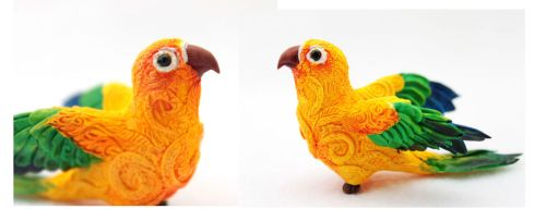 Sun Conure Comission by hontor