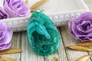 Sea horse II - handmade painted stone pendant by LunarFerns
