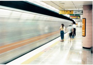 Seoul Subway Moving by taylord