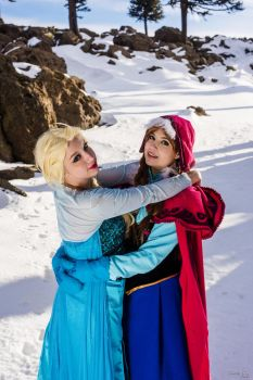 Anna and Elsa - Frozen 3 by MelodyxNya