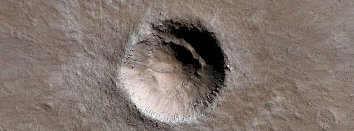 Well-Preserved 1-Kilometer Crater by Mariagat