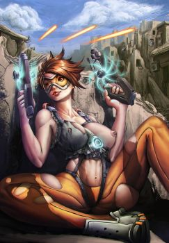 Tracer takes cover nip slip by Yangyue