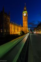Big Ben at night . . . by CyclicalCore