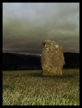 Standing stone - 1 by blindmanbliff