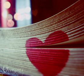 Luv is written everywhere by blondepassion