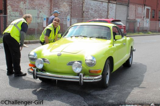 Volkswagen Karmann Ghia by True-ChallengerGirl
