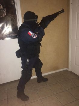 Milsim cosplay: GIGN French CTU Door breach by Demon-Lord-Cosplay
