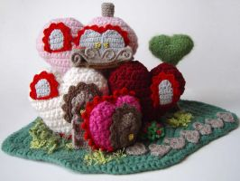 Amigurumi HEART MANSION by meekssandygirl