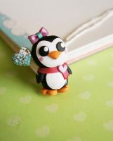 Juliette the Penguin by colourful-blossom