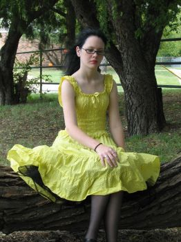 Yellow Dress 5 by SyntheticDarkness58