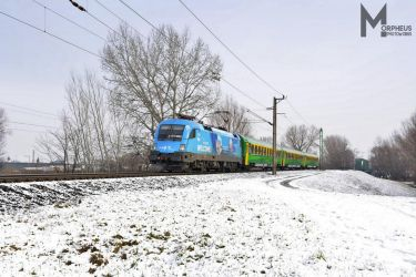 470 002 - Fina Lok - with an IC train near Gyor by MorpheusPhotoworks