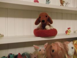 Needle felted Doxie by imaginaryfriends2012